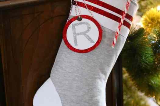 Faux wool sock stocking- easy to make with HTV vinyl. NO electronic cutter required!