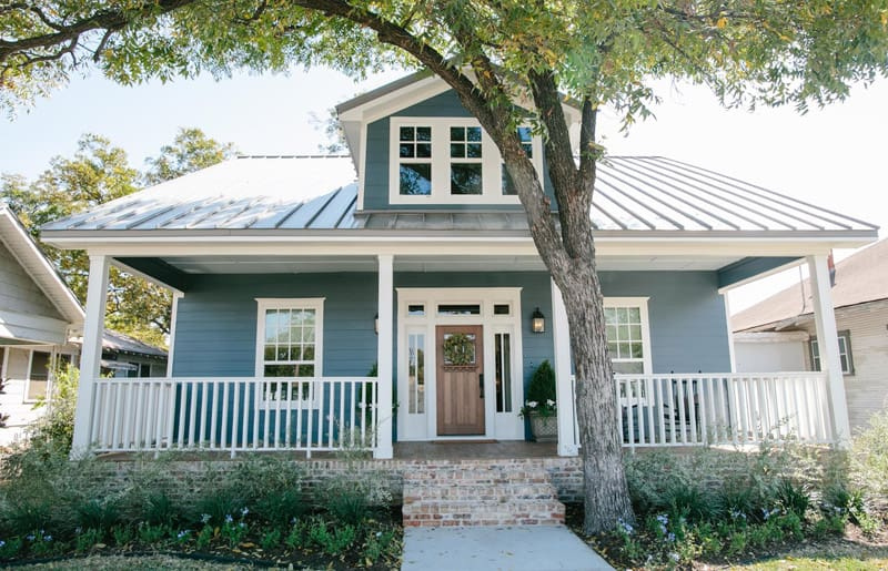 Modern Farmhouse Colors from Voice of Color, a review featured by top US life and style blog, Fynes Designs: beautiful blue Azalia Leaf from PPG Voice of Color
