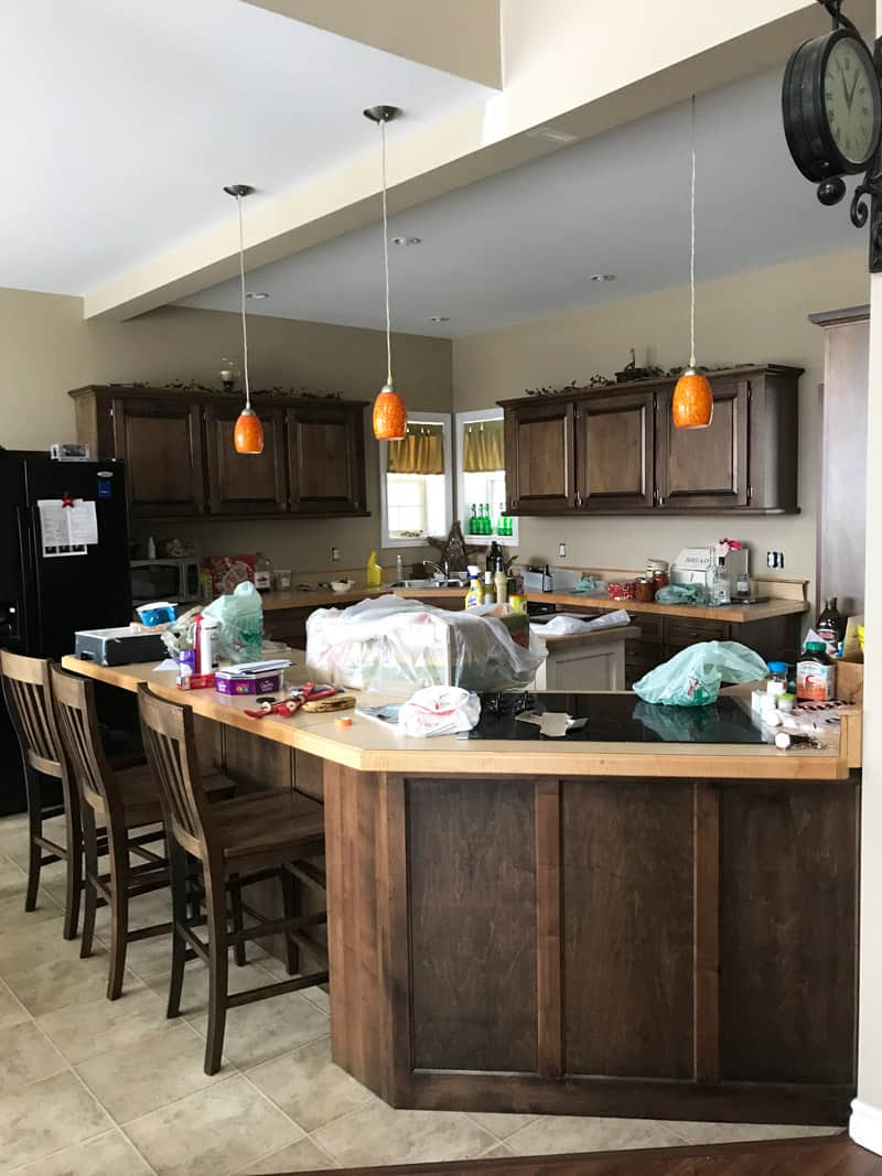 Before the Farmhouse kitchen makeover