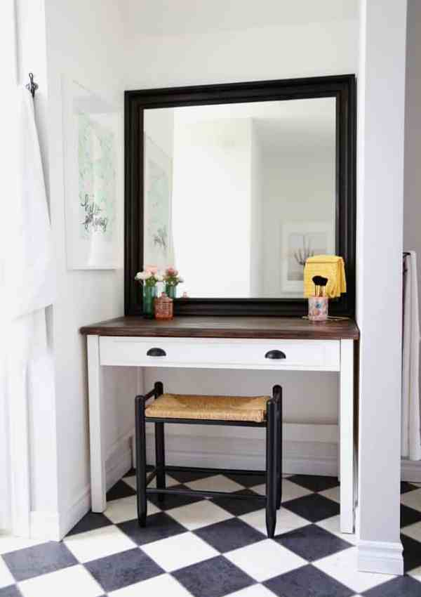Blue Bath Be GONE- A Weekend Bathroom Makeover