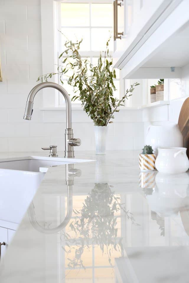 Allentown faucet from Delta in a modern farmhouse kitchen