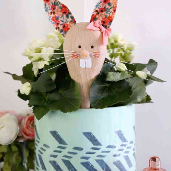 Easter Bunny wooden spoon craft