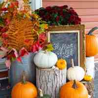Fall Porch Decorating Ideas on a Budget