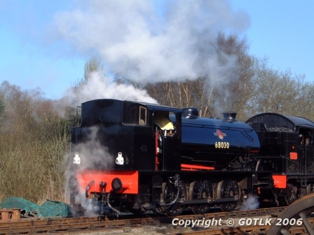 Live steam engine shunting carriage