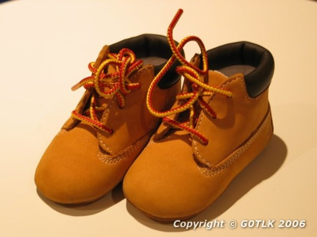 Children's leather bootees