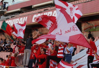 El Club Recreativo Granada se la juega en Don Benito