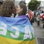 FOTO Câteva mii de persoane au participat la Bucharest Pride. Buhuceanu: Nu mai purtăm măşti ca la primele pride-uri/ Mentalităţile chiar se schimbă cu o viteză mult mai mare decât o percep politicienii