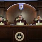 BREAKING Curtea Constituțională a admis parțial conflictul dintre premier și președinte: Iohannis, obligat să revoce miniștrii demiși de Dăncilă, să numească interimarii și să motiveze refuzul numirii noilor miniștri. Dăncilă, obligată să vină în Parlament pentru un nou vot de încredere