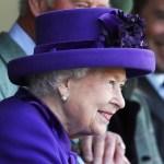 Regina Elisabeta a II-a și-a petrecut noaptea de miercuri spre joi într-un spital privat din Londra. Joi a revenit la Castelul Windsor