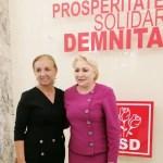 O fostă consilieră a Vioricăi Dăncilă și a lui Victor Ponta, surprinsă când vindea petarde la tarabă pentru a-și ajuta fiul în afacerea de sărbători