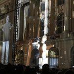 Ce discurs a ținut Irina Rimes înainte de apariția hologramei lui Brâncuși: Mă uit la Coloana Infinitului ca un copil care vede o excrescenţă uriaşă a pământului. Mă uit la Coloană şi mi se face dor să cânt