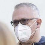 BREAKING Directorul Unifarm, acuzat de DNA că a cerut mită 760.000 de euro în plină pandemie pentru o achiziție de măști neconforme. Șpaga, negociată la restaurantul Bârlogul Lupilor