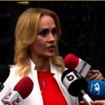 Replici acide între Gabriela Firea şi reporteri pe tema campaniei negative duse de Dana Budeanu și Oana Lovin