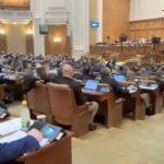 VIDEO Mai mulți parlamentari de la PSD și AUR au fost prinși în flagrant azi-noapte în timp ce votau la două mâini