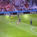 VIDEO Meciul Danemarca – Finlanda se reia în această seară, a decis UEFA / Christian Eriksen a fost stabilizat și transportat la spital