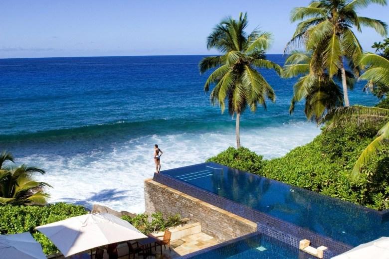 banyan_tree-seychelles-piscina