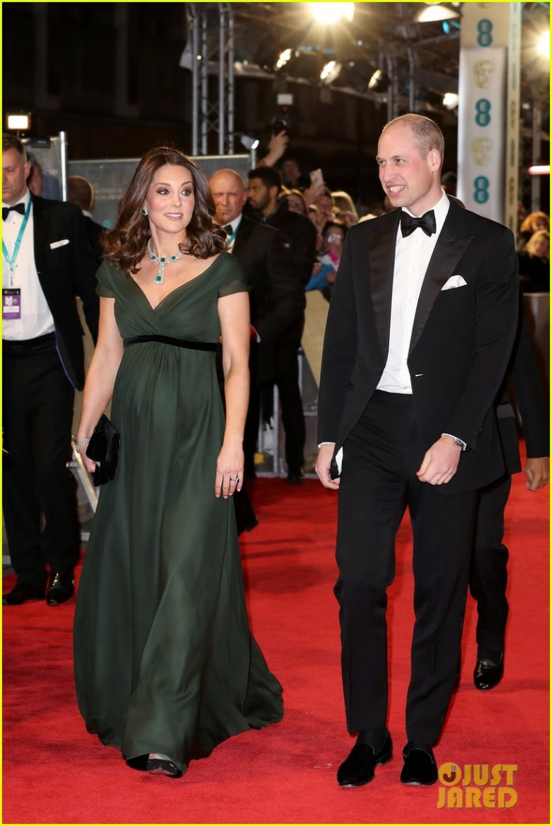 BAFTAs 2018, tapete vermelho, celebridades, looks, vestidos longos, moda, estilo, premiação, time's up, red carpet, celebrities, fashion, style, outfits, gowns, kate middleton
