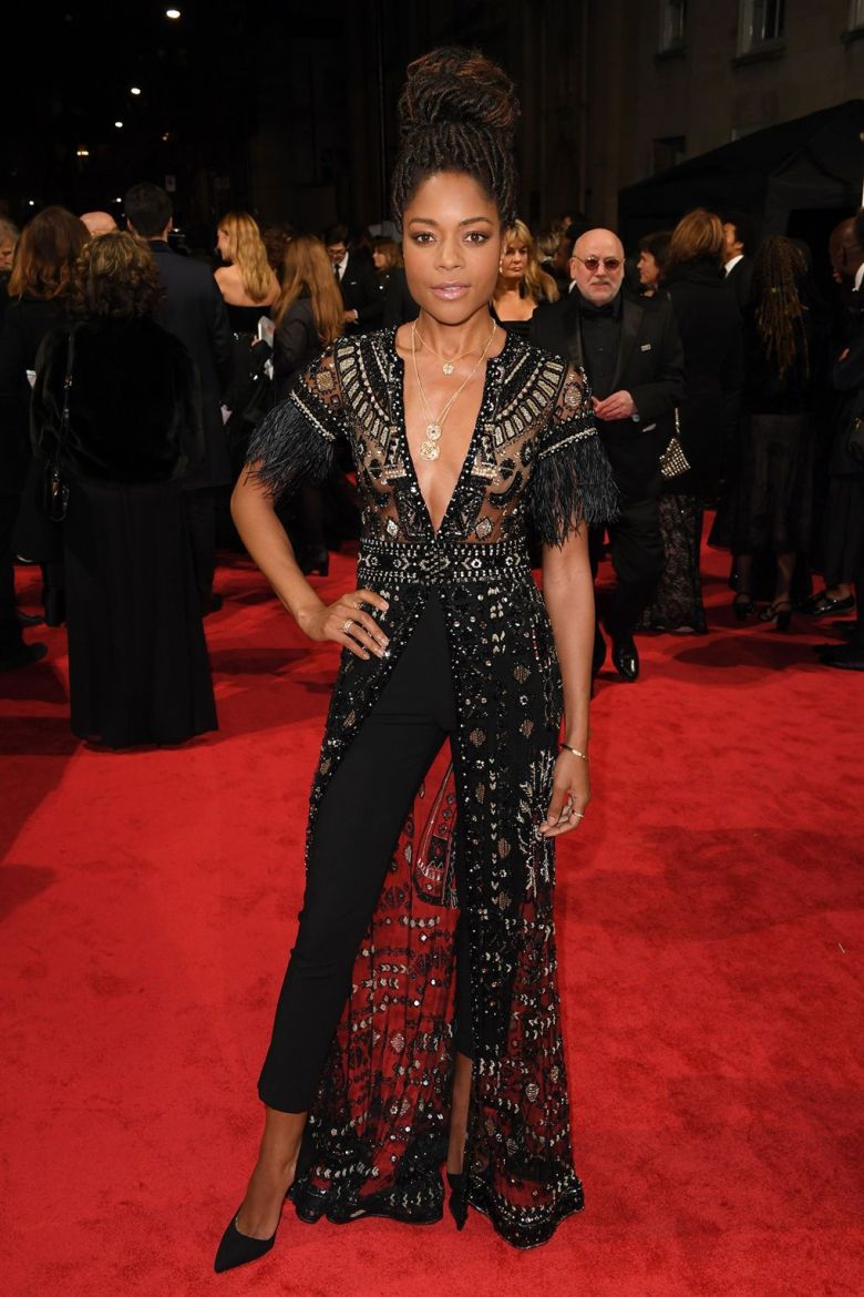BAFTAs 2018, tapete vermelho, celebridades, looks, vestidos longos, moda, estilo, premiação, time's up, red carpet, celebrities, fashion, style, outfits, gowns, naomie harris