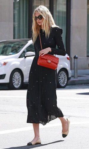 ponto de cor, ponto vermelho, moda, estilo, looks, pop of color, outfits, fashion, style