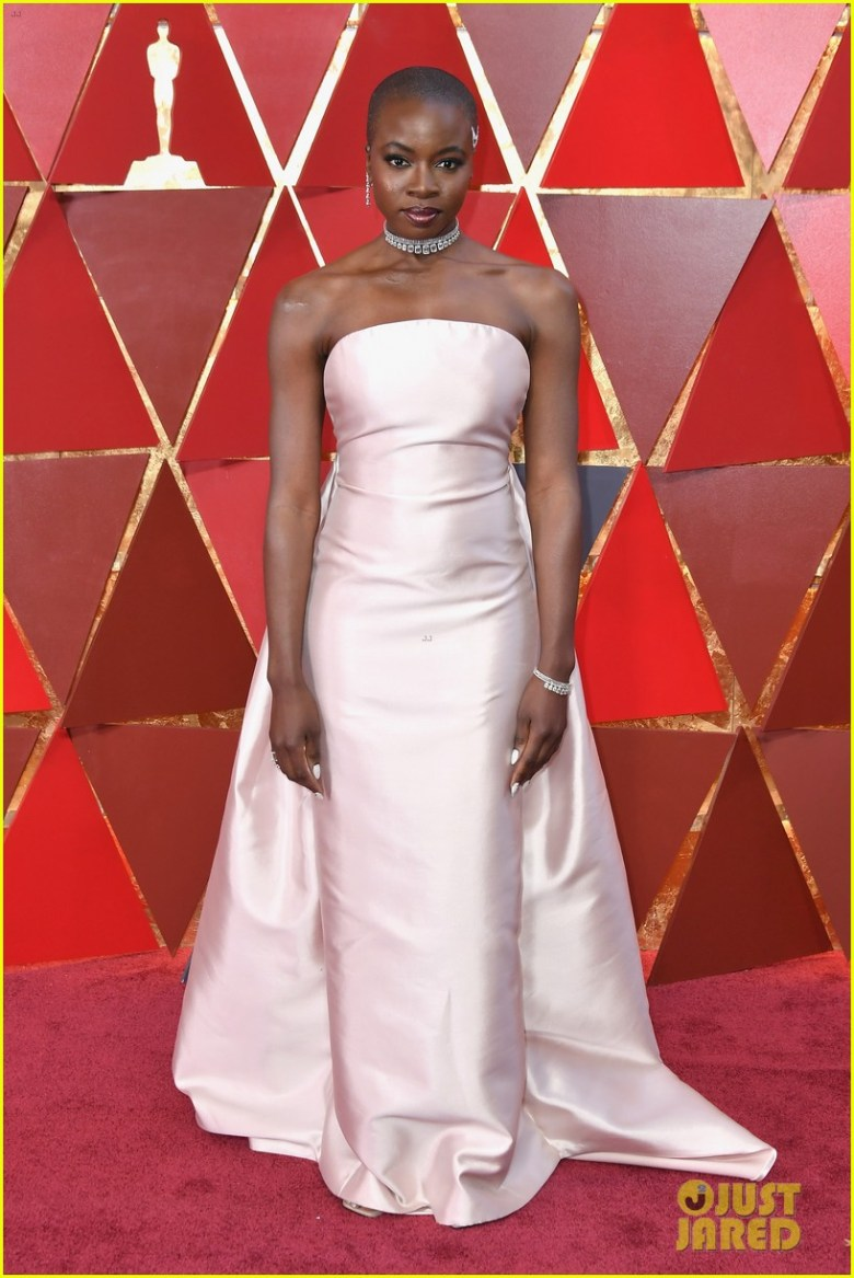 oscar 2018, tapete vermelho, celebridades, premiação, moda, estilo, looks, vestido longo, 2018 oscars, red carpet, celebrities, award season, fashion, style, gowns, outfits, danai gurira