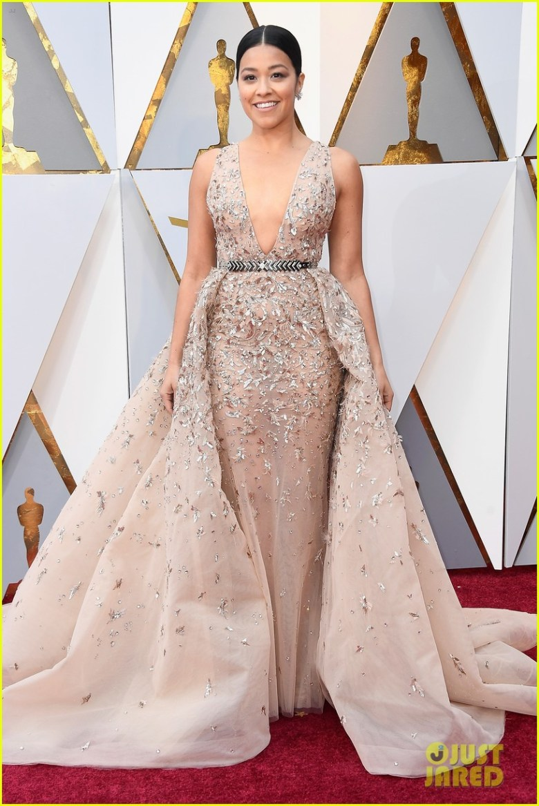 oscar 2018, tapete vermelho, celebridades, premiação, moda, estilo, looks, vestido longo, 2018 oscars, red carpet, celebrities, award season, fashion, style, gowns, outfits, gina rodriguez