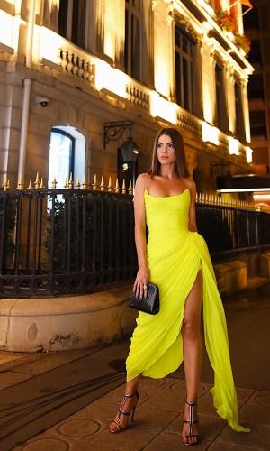 looks neon, moda, estilo, tendência, street style, neon outfit, fashion, style, inspiration, trend, camila coelho
