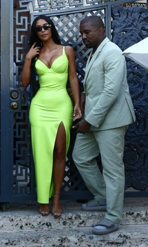 looks neon, moda, estilo, tendência, street style, neon outfit, fashion, style, inspiration, trend, kim kardashian