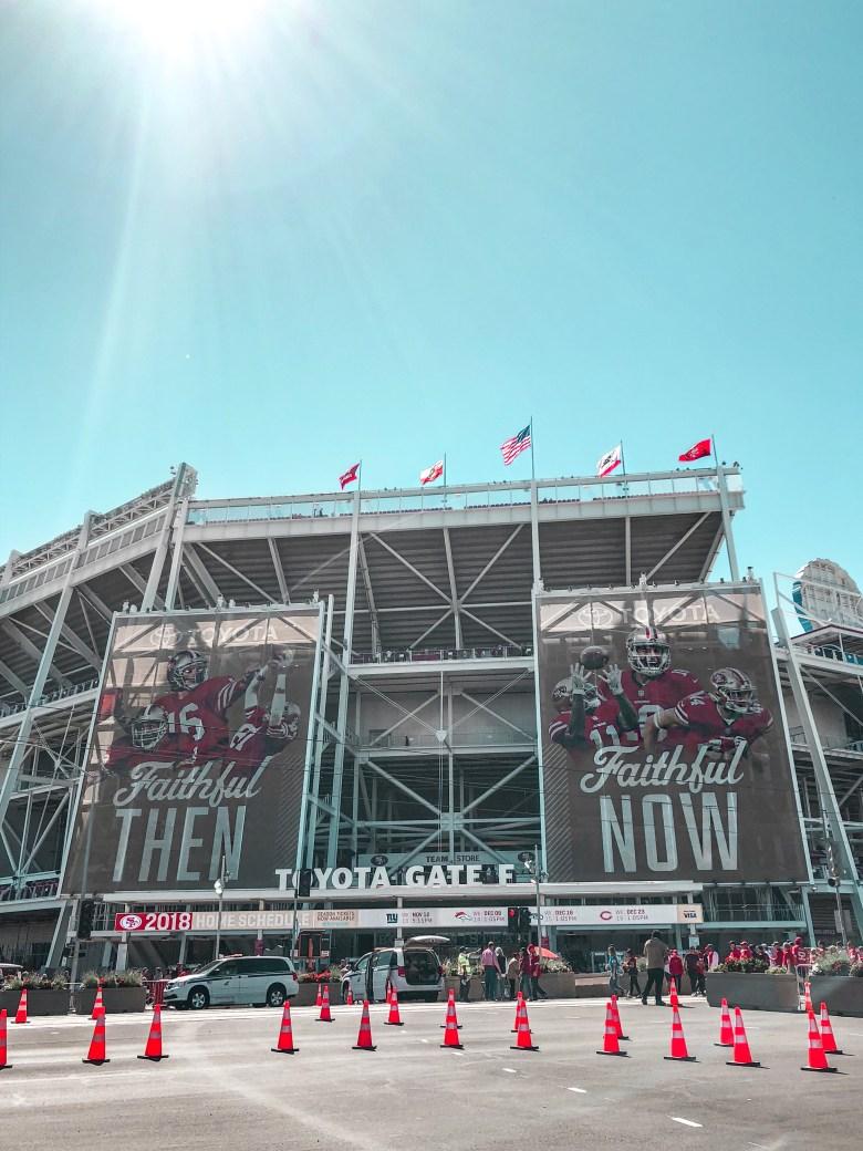 gabi may, NFL, 49ers, jimmy garoppolo, football, travel, viagem, futebol americano, esporte, levi's stadium