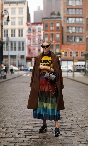 listras arco-íris, tendência, moda, estilo, looks, rainbow stripes, trend, fashion, style, outfits