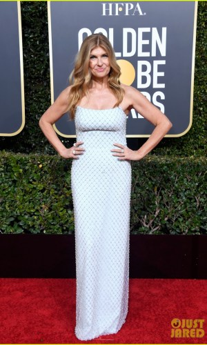 golden globes 2019, golden globes, awards season, red carpet, fashion, look, gown, tapete vermelho, premiação, moda, look, vestido longo, hollywood, connie britton