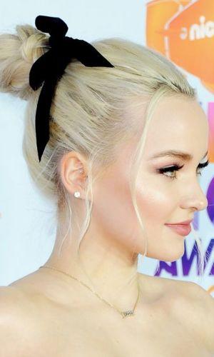 fita no cabelo, tendência, acessório, cabelo, beleza, beauty, ribbon, hair ribbon, accessory, trend, dove cameron
