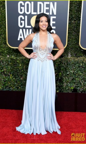 golden globes 2019, golden globes, awards season, red carpet, fashion, look, gown, tapete vermelho, premiação, moda, look, vestido longo, hollywood, gina rodriguez