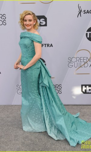 sag awards 2019, best dressed, mais bem vestidas, hollywood, moda, estilo, looks, fashion, style, outfits, julia garner