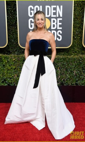 golden globes 2019, golden globes, awards season, red carpet, fashion, look, gown, tapete vermelho, premiação, moda, look, vestido longo, hollywood, kaley cuoco