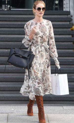vestido e bota, combinação contrastante, look, tendência, look inverno, look outono, moda, estilo, fashion, style, trend, dress with boots, rosie huntington-whiteley