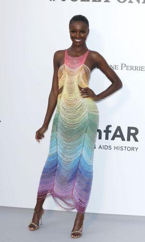 amfAR cannes 2019, leomie anderson rainbow dress