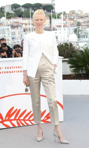 tilda swinton at the photocall for cannes 2019