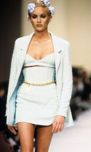 cinto de corrente, look, tendência, moda, chanel chain belt, fashion trend