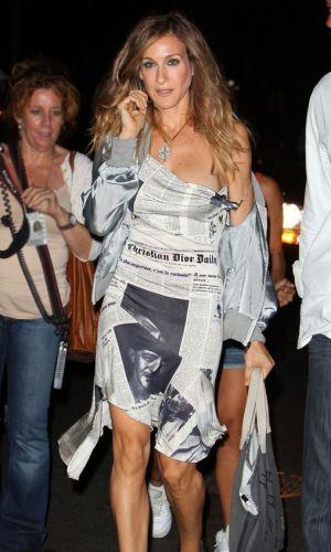 estampa de jornal, tendência, moda, newspaper print, trend, fashion, carrie bradshaw