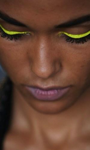 delineado neon, maquiagem, beleza, neon eyeliner