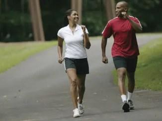 Concervar la figura caminando «  Caminando 10.000 pasos por día mantenemos la figura