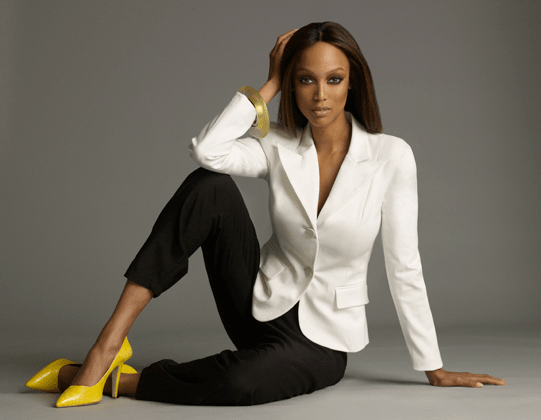 tyra banks in office outfit
