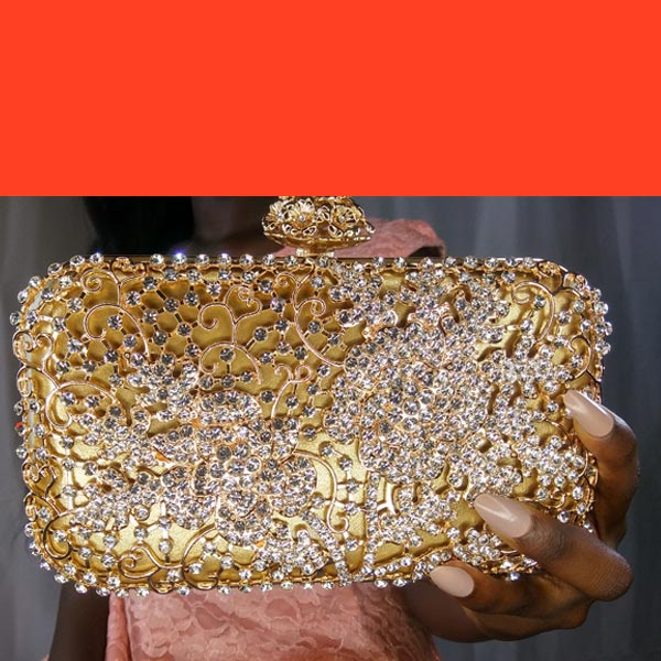 cute-clutch-mature-purse-for-weddings
