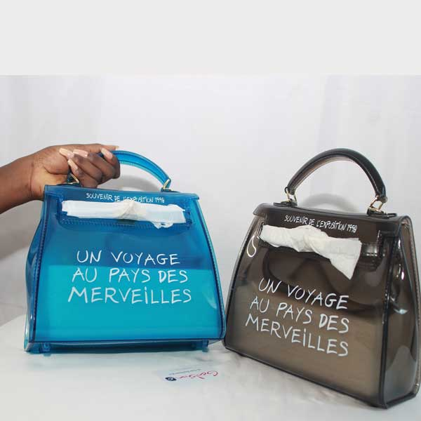 chaussures de sport 4ea09 77793 The Un Voyage Au Pays Des Mervielles Bag: Designer Jelly ...