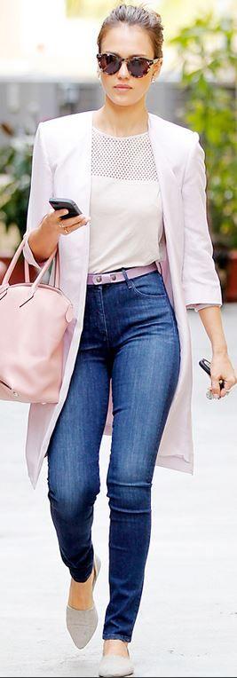 Cum purtam jeansii la job