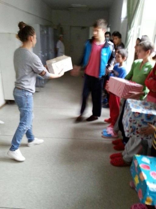 shoe Box la spitalul Marius Nasta