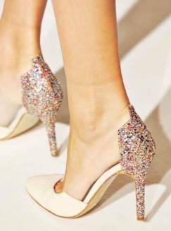 Cum iti restilizezi pantofii cu toc de care te-ai plictisit