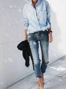 De ce, mai degraba, bluze decat tricouri