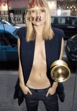 Kate Moss, o mare purtatoare de veste