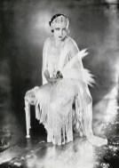 Gloria_Swanson-James_Abbe_1921